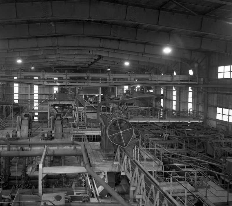 Vue de l'intérieur du lavoir Wendel 1-2. 1966.